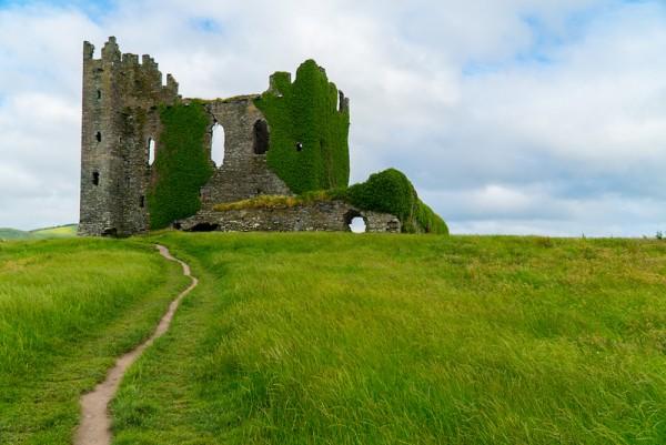 Balleycarbery Castle