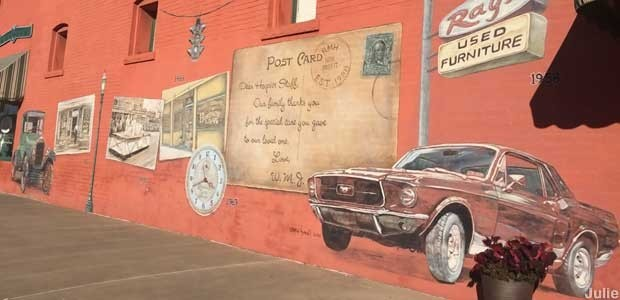 Mural on Route 66 Hospice