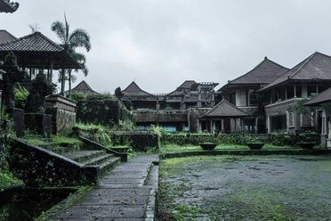 Ghost Palace Hotel